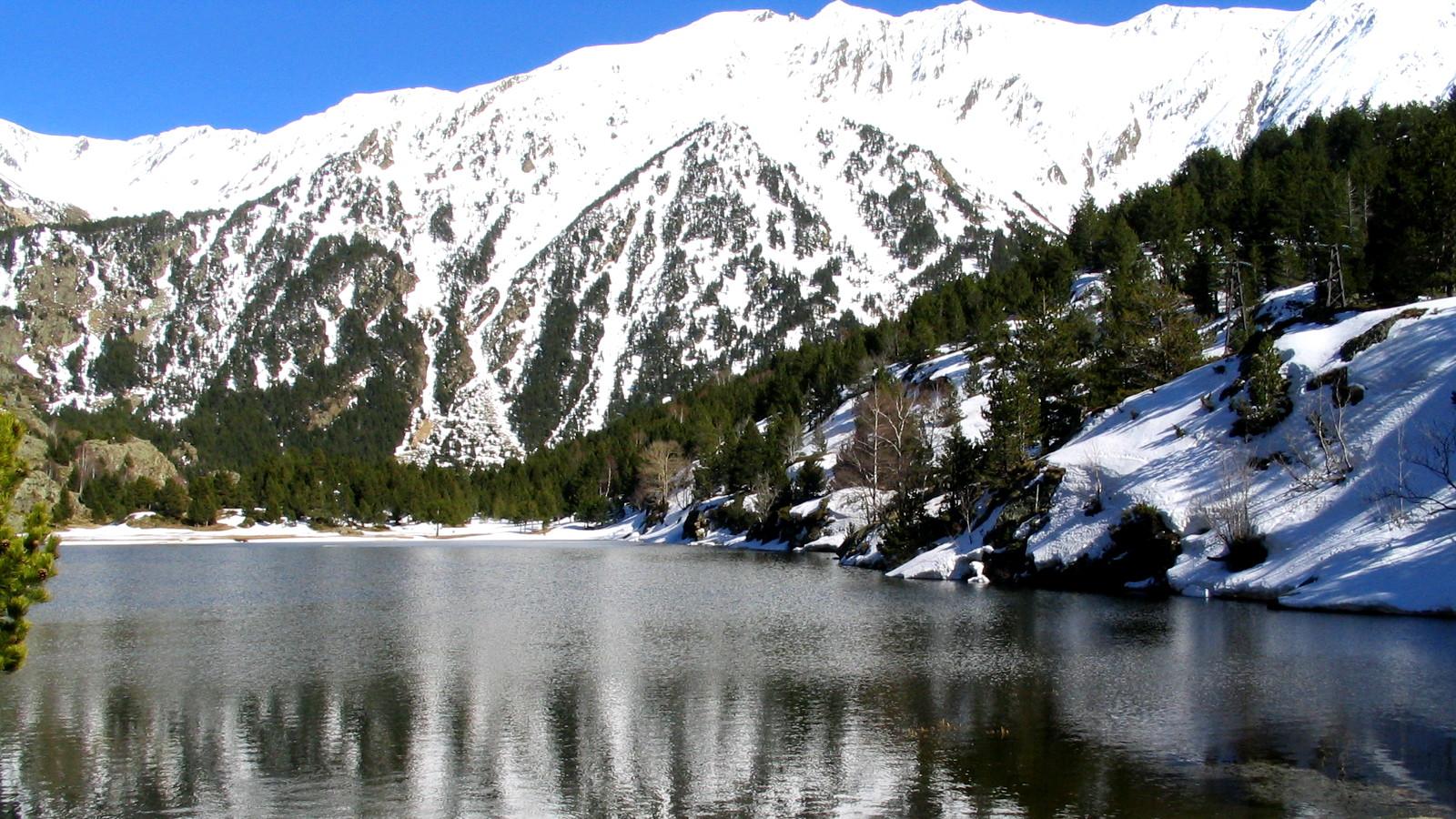 G te navarre dorres vue sur le haut plateau de cerdagne au c ur du parc n - Les pyrenees catalanes ...